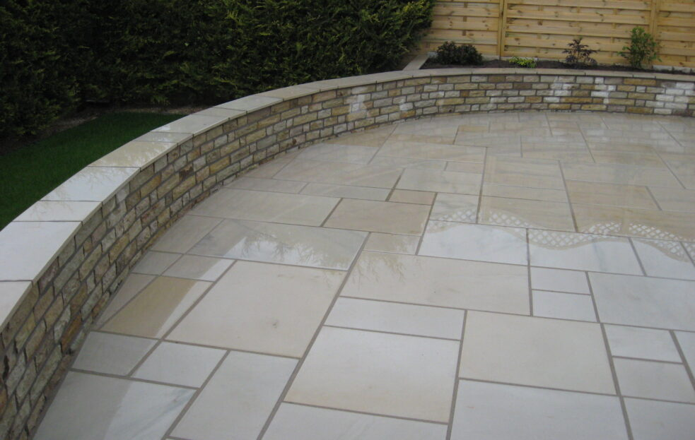 Garden Walling from Caledonian Stone